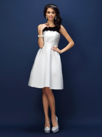 Sheath/Column Bateau Lace Sleeveless Short Satin Bridesmaid Dresses [50406]