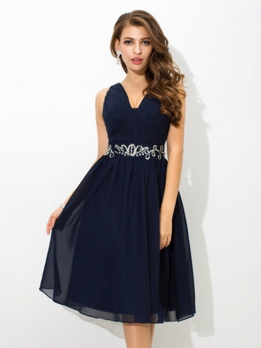 A-Line/Princess Straps Beading Sleeveless Short Chiffon Cocktail Dresses
