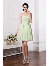 A-Line/Princess Sweetheart Sleeveless Pleats Hand-Made Flower Chiffon Bridesmaid Dresses